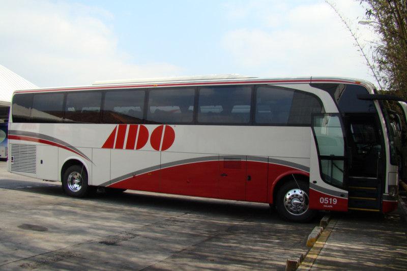 Autocar ADO